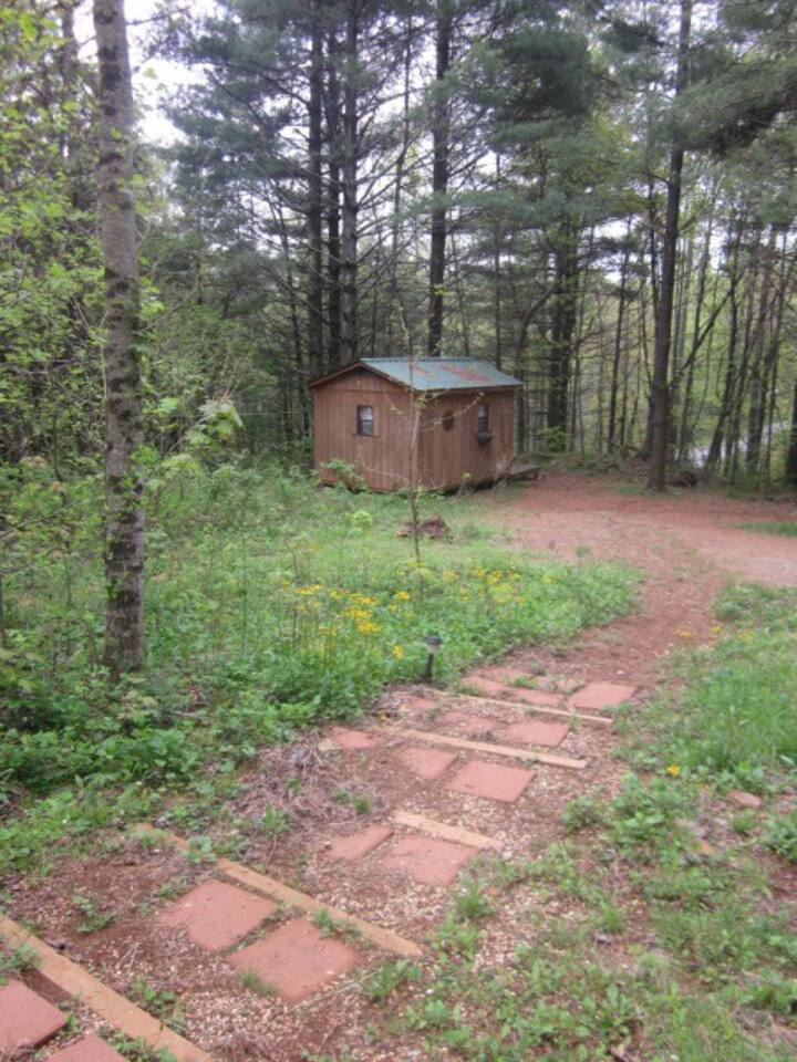 The path to the cabin