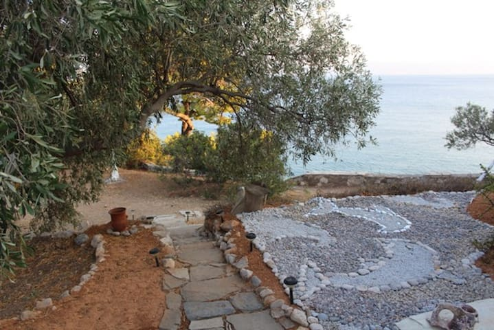 Amazing Villa W Private Beach on the Mediterranean