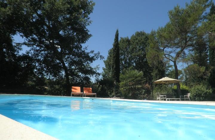 Beautiful villa+studio, pool garden