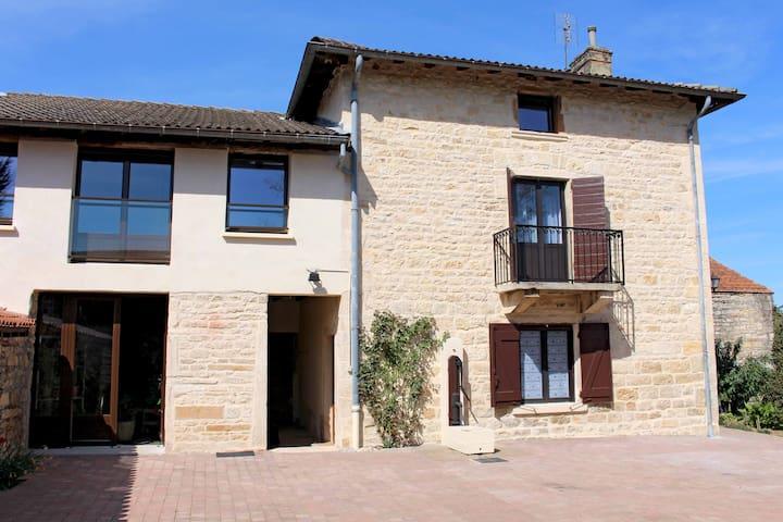 Maison gite 5 pers. Lyon/Beaujolais - Lucenay - Ev