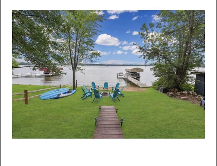 Escape to the Lake! Pontoon to rent as well!