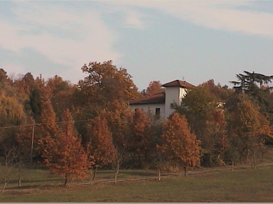 La casa nei colori dell'autunno