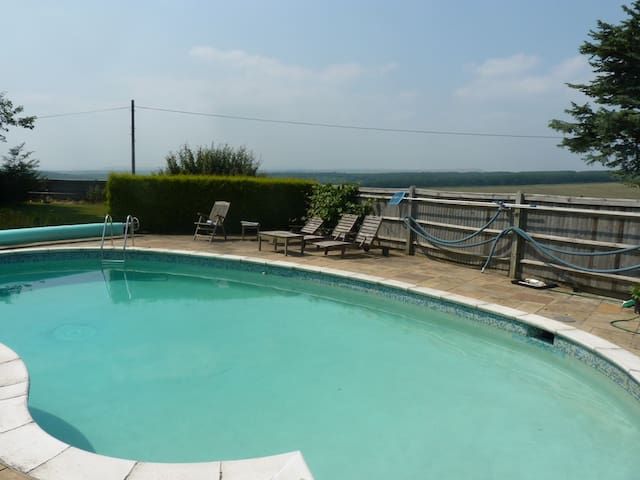 The Cottage at Friston Down (with pool in summer)