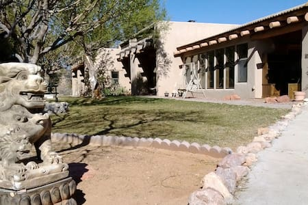Red Rock Ranch Asrama, Grande Suite - Cornville - Casa
