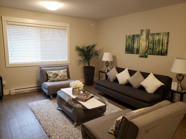 A Cozy Family get away suite in South Nanaimo