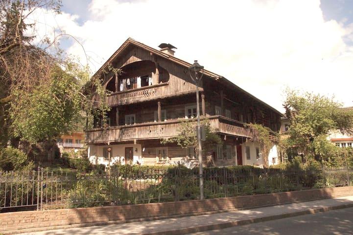 Ferienwohnung in 300 Jahre altem Bauernhaus