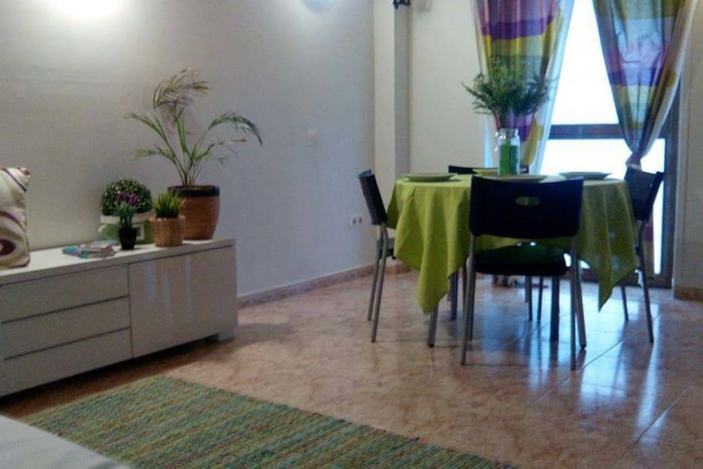 Dinning room, partie salle ,a manger
