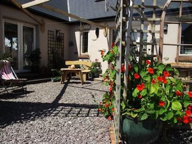 Total relaxation in the country B&B - Skibbereen - Bed & Breakfast