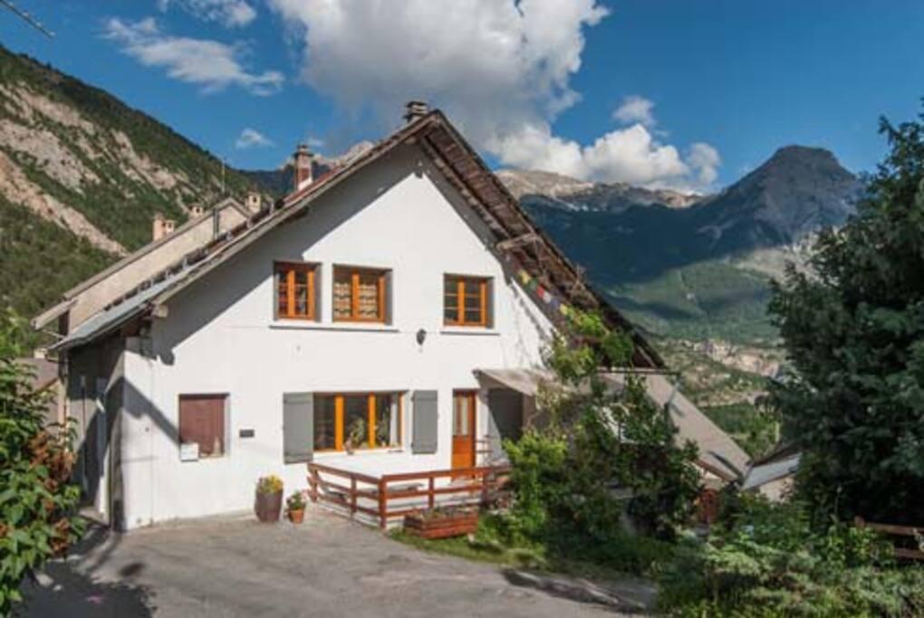 the house Entre Terre et Ciel