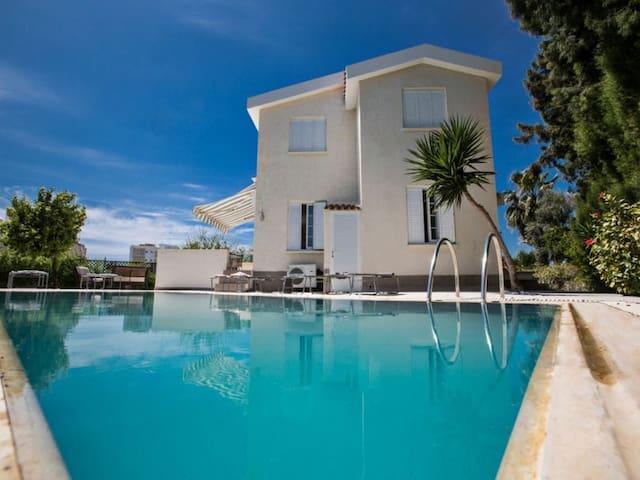 Villa Andri, Close to Nissi Beach