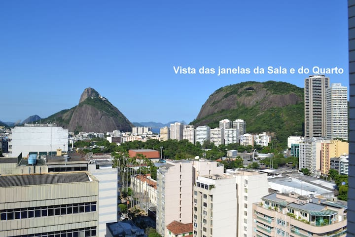 Apt with views of the Sugar Loaf and Corcovado