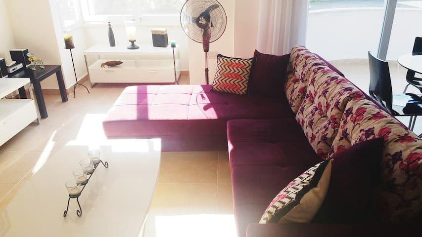 Modern NEW Stylish Mid-Luxury 1+1 Apartment GIRNE
