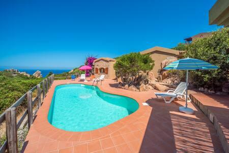 VILLETTA SOLE1 CON PISCINA - Costa Paradiso - Villa