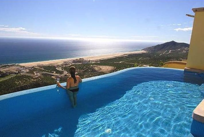 Luxury Villa in Cabo San Lucas