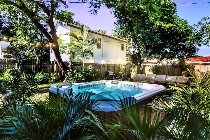 4BR- heart of Miami-near beaches- spa