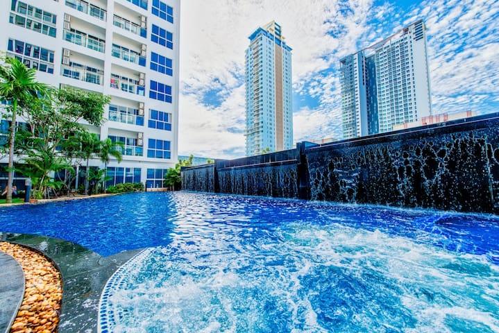 漂亮的大公寓瓦特/梦幻般的泳池景观200米 - 海滩