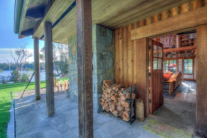 Custom woodwork is present through out this home and evident the second you step through the main entry way.