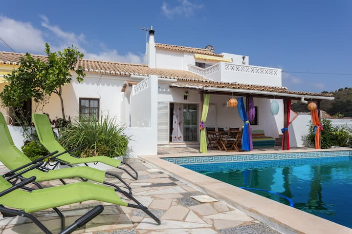 Casa Sorriso -Typical farmhouse-Pool-Hot Tub-Sauna