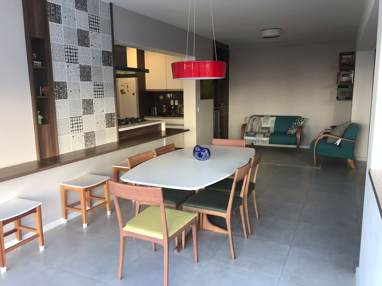 Dinning and living room. Clean, modern, very confortable, lightfull with one glass wall. All new!