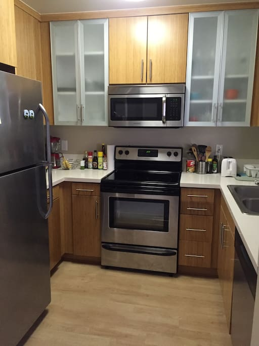 Very comfortable and modern apartment apartments for for M kitchen santa monica