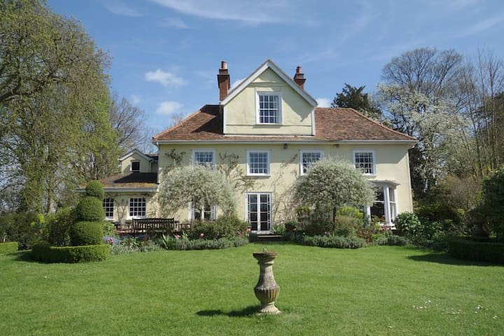 Idyllic rural retreat, nr Lavenham