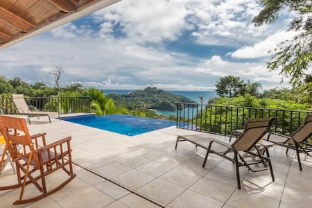 Ocean view, private infinity edge pool, breakfast