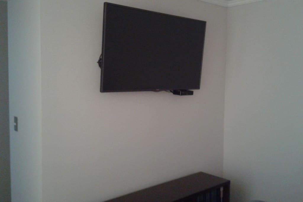 """TV 47"""" con TV Cable"""