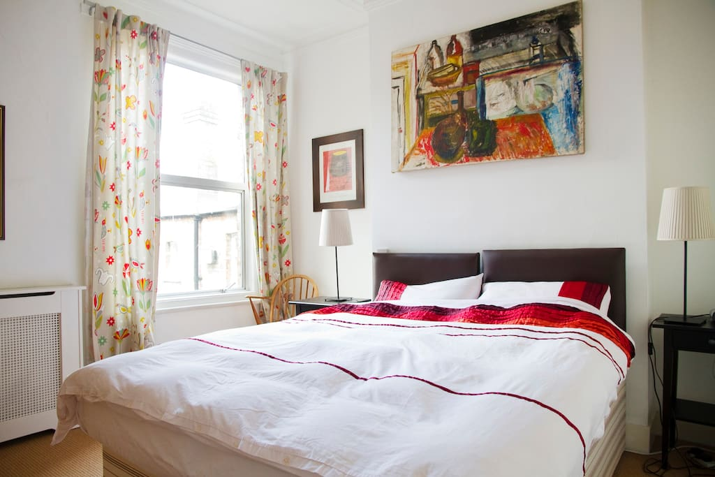 Master bedroom (ziplink bed splits into 2 singles if you prefer)