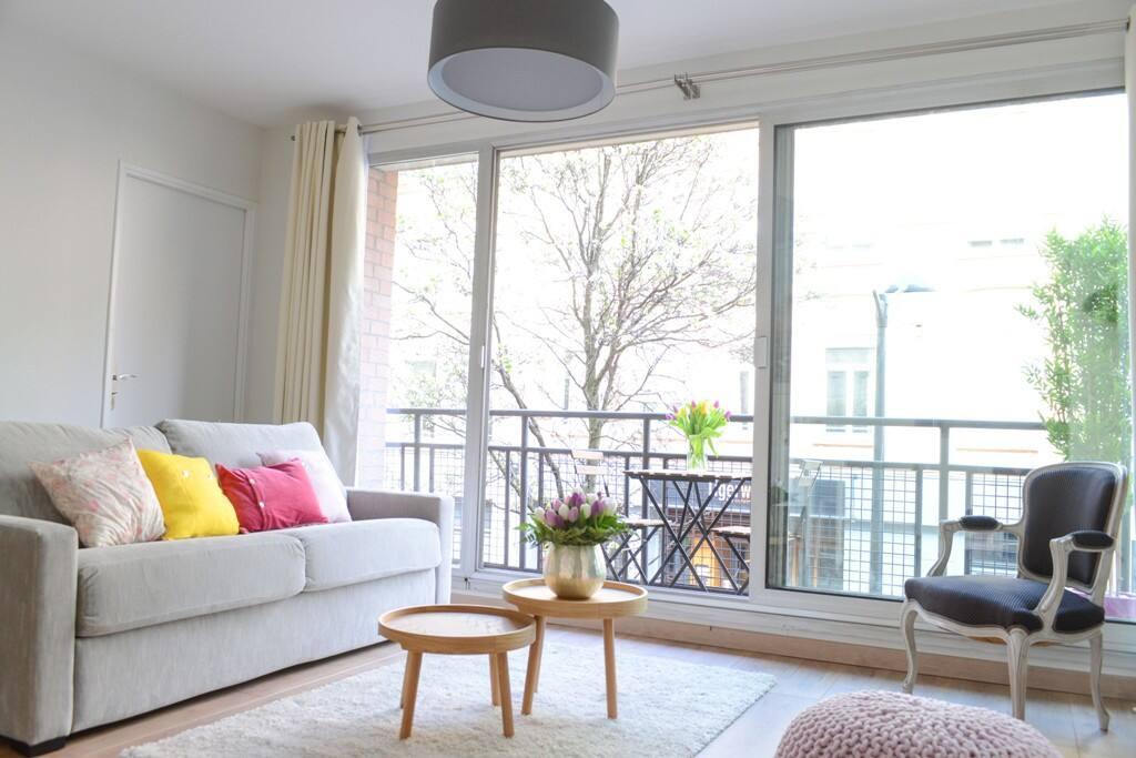 neoliving t2 tanneurs appartements louer lille nord pas de calais france. Black Bedroom Furniture Sets. Home Design Ideas