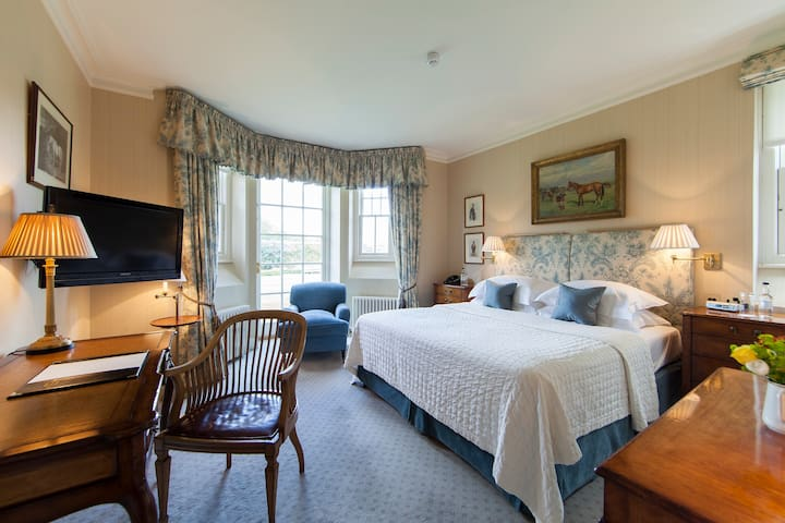 Deluxe Double at The Jockey Club Rooms, Newmarket
