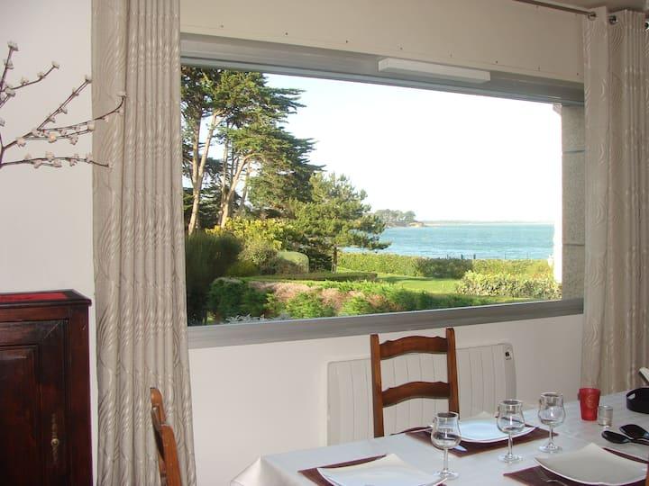 Villa VUE MER 50 m de la plage St Pierre Quiberon