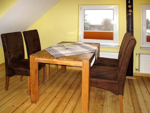 33 m² Apartment Ferienhaus Holtz for 3 persons in Zinnowitz - Zinnowitz - Apartamento