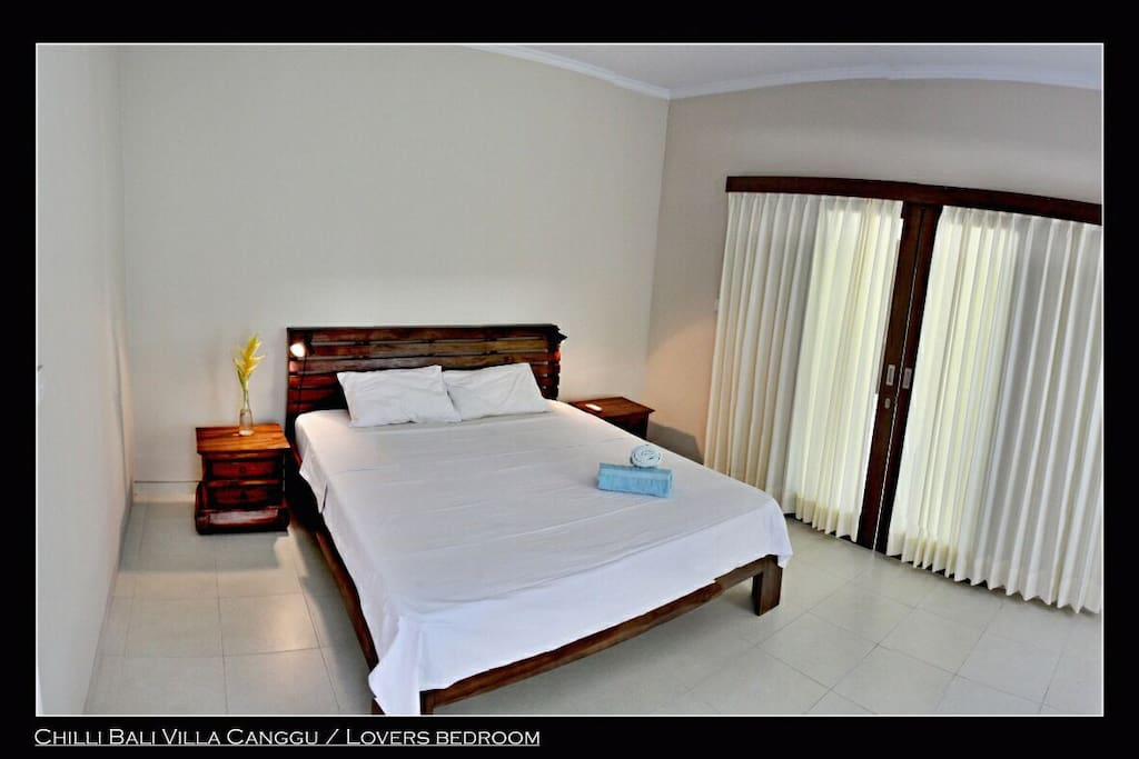 Love bedroom in Chilli Villa with AC and queen size bed 180x200cm