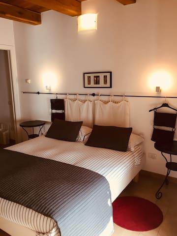 """La Casa di Tufo: Room """"Olmo"""""""