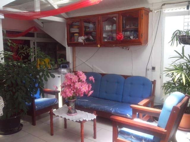 Appartement meublé pour 4 pers. - Port-Louis - Pis
