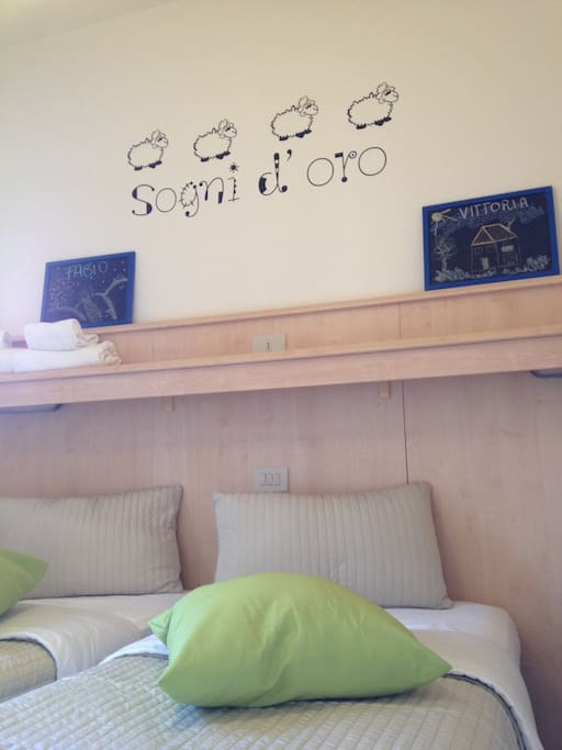 Twin bedroom for children - camera letto bimbi