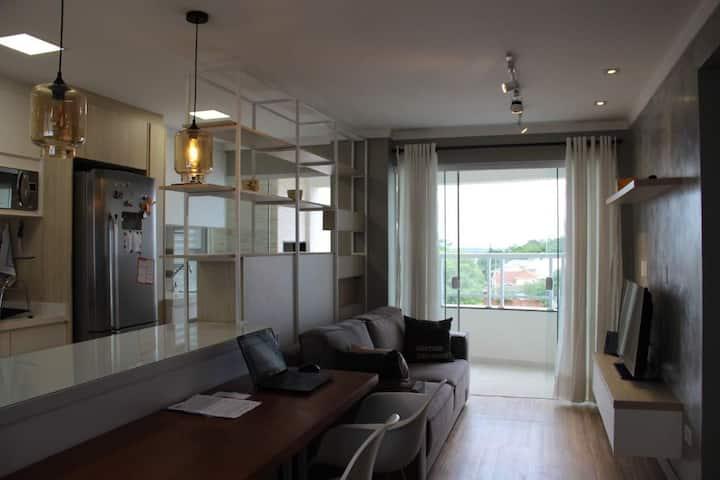 Apartamento em bairro residencial