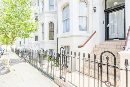 Notting Hill Amazing city view 4BED