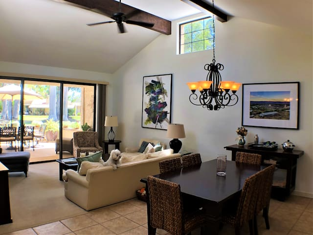 Palm Springs Hideaway available - December