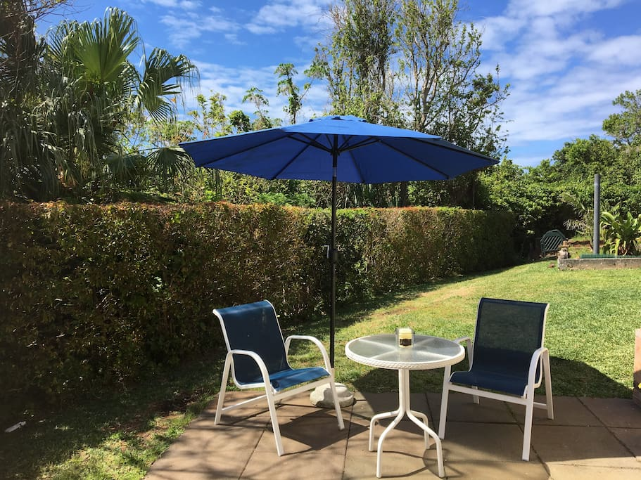 Outdoor private patio