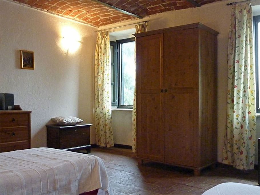 Caprifoglio bedroom- the two windows offer beautiful views to the west on the valley