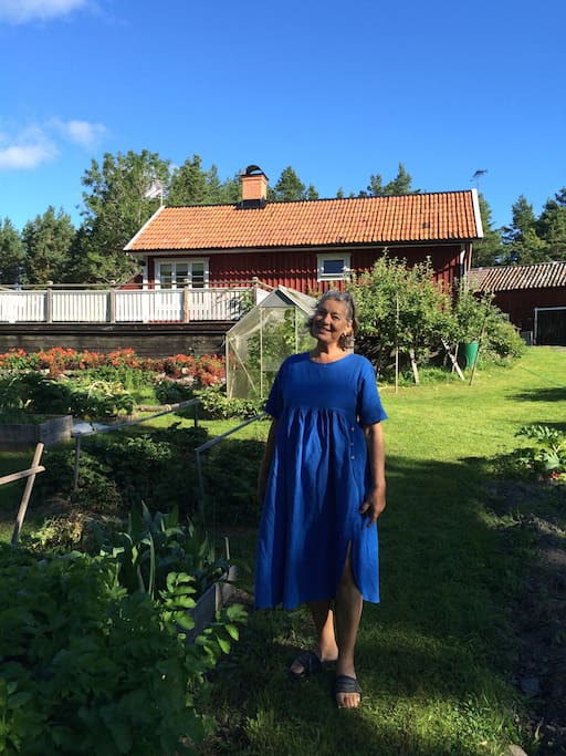 Welcome to our amazing farm in the beautiful region of Roslagen in Sweden. This 2 generations family farm is owned and cared for by Beatrice & Lennart where we cultivate an organic landscape and living habits near nature and sea.