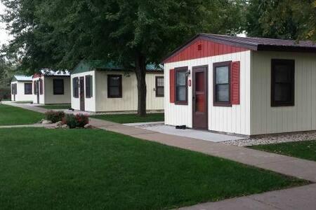 Cozy Corner Cottages Cabin Rental