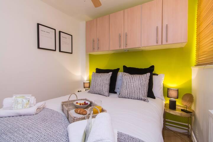 Victoria Centre Apartment