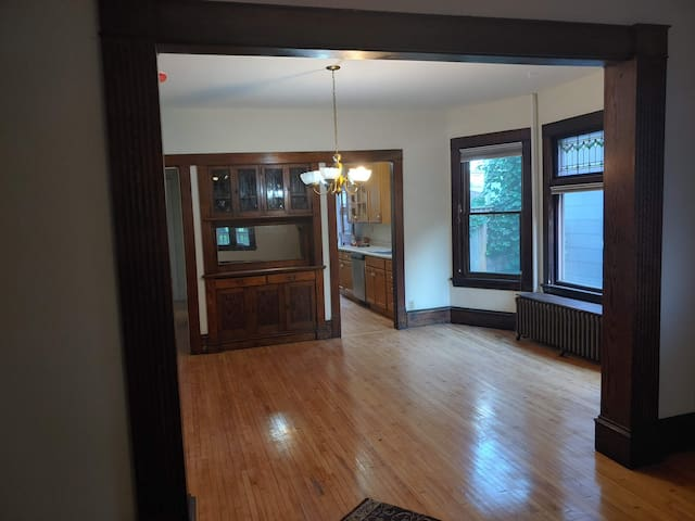 Spacious abode in Uptown
