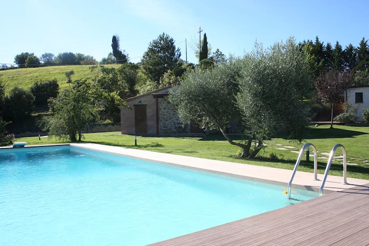 Double room in the countryside - Pérouse - Bed & Breakfast