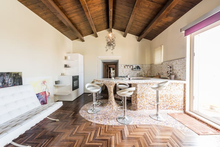 HISTORICAL CENTER, STUNNING ITALIAN DESIGN - Corato - Daire