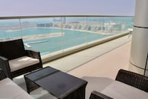 Chill-lounge with breathtaking views to enjoy!