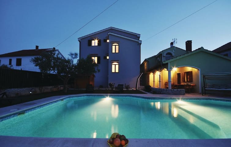 """Smoki IV"" - Zadar - Apartment"
