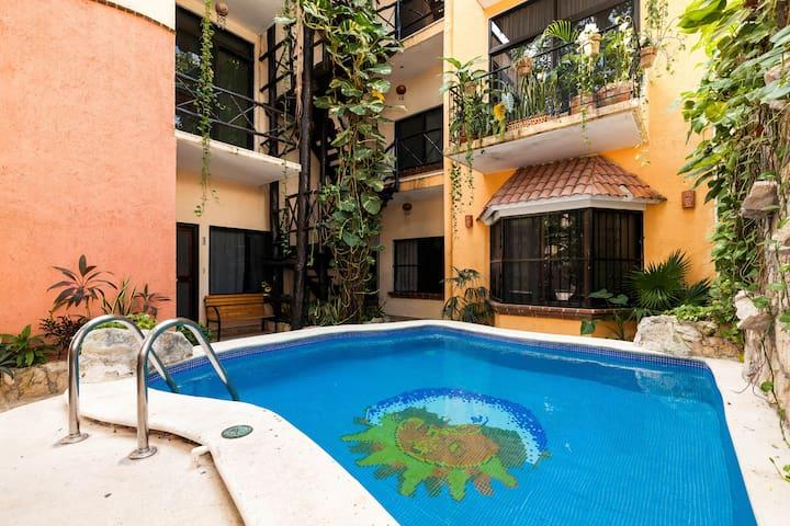 Mamitas Beach and 5th Avenue - Playa del Carmen - Apartmen